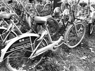 共享单车凉凉后自行车第一镇:上千元单车2折出售